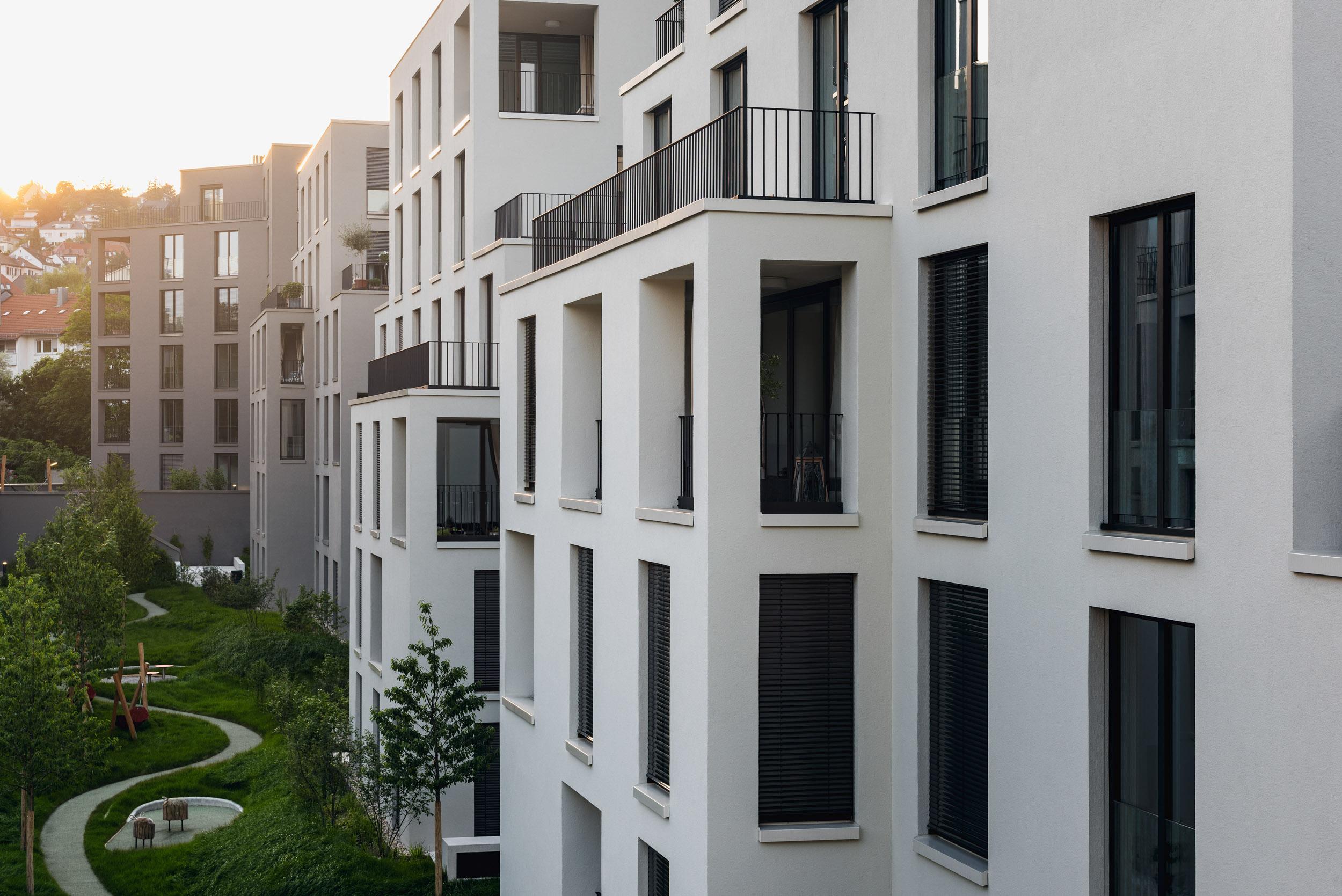 Gustav-Epple-Bauunternehmung-Stuttgart-Villengarten-MLX3350