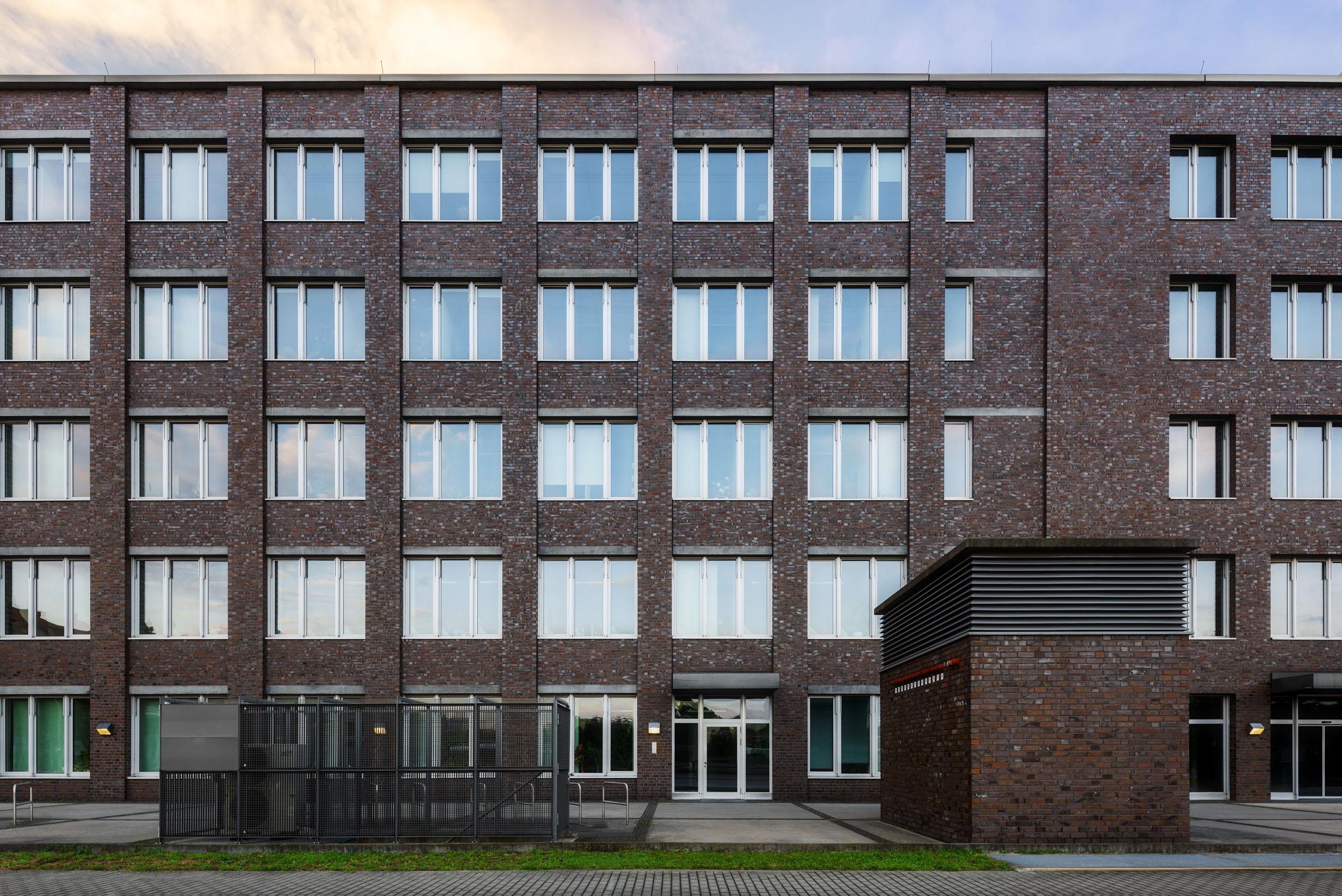 Gustav-Epple-Bauunternehmung-Bibliothek-Technische-Universität-Berlin_MLX6237