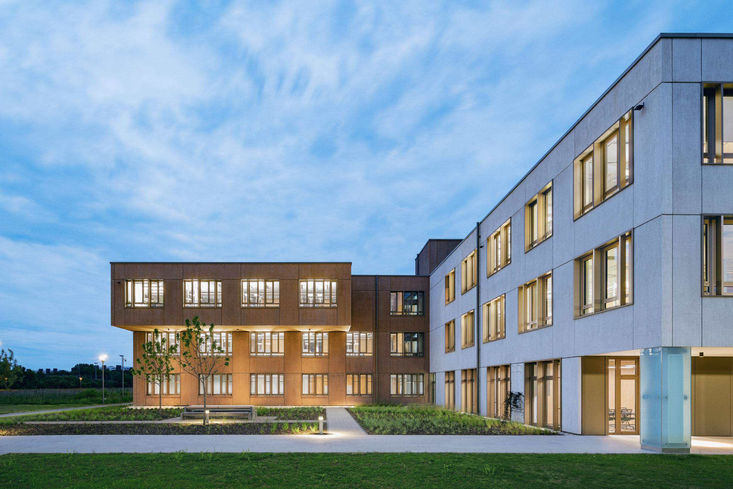 Gustav-Epple-Bauunternehmung-Campeon-München-Infineon_BA2_MLX7016#02