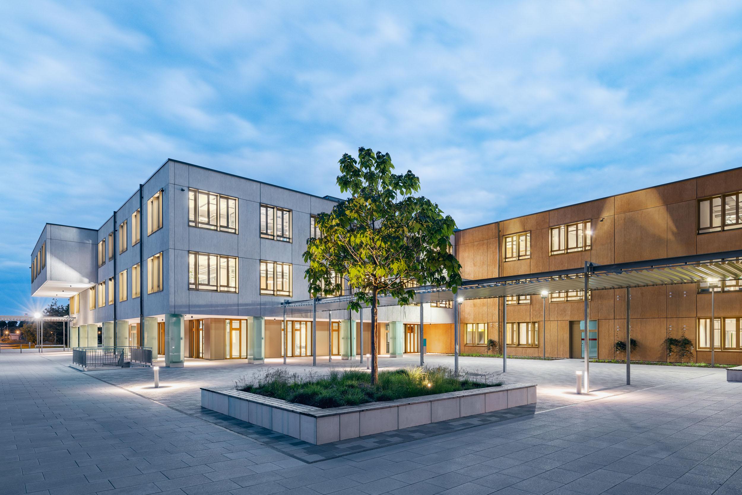 Gustav-Epple-Bauunternehmung-Campeon-München-Infineon_BA2_MLX7035#02