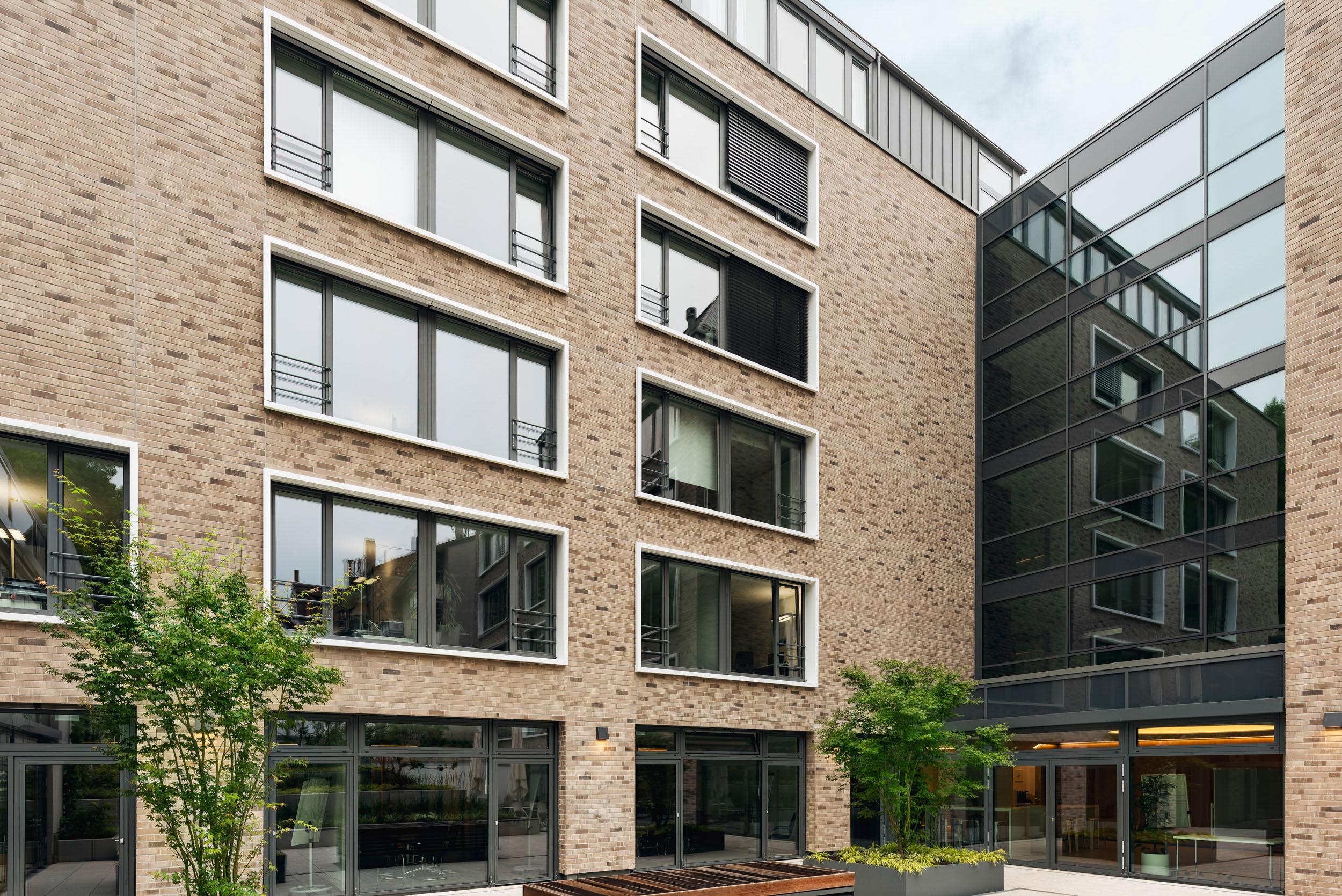 Gustav-Epple-Bauunternehmung-EHS-Stuttgart-MLX7215