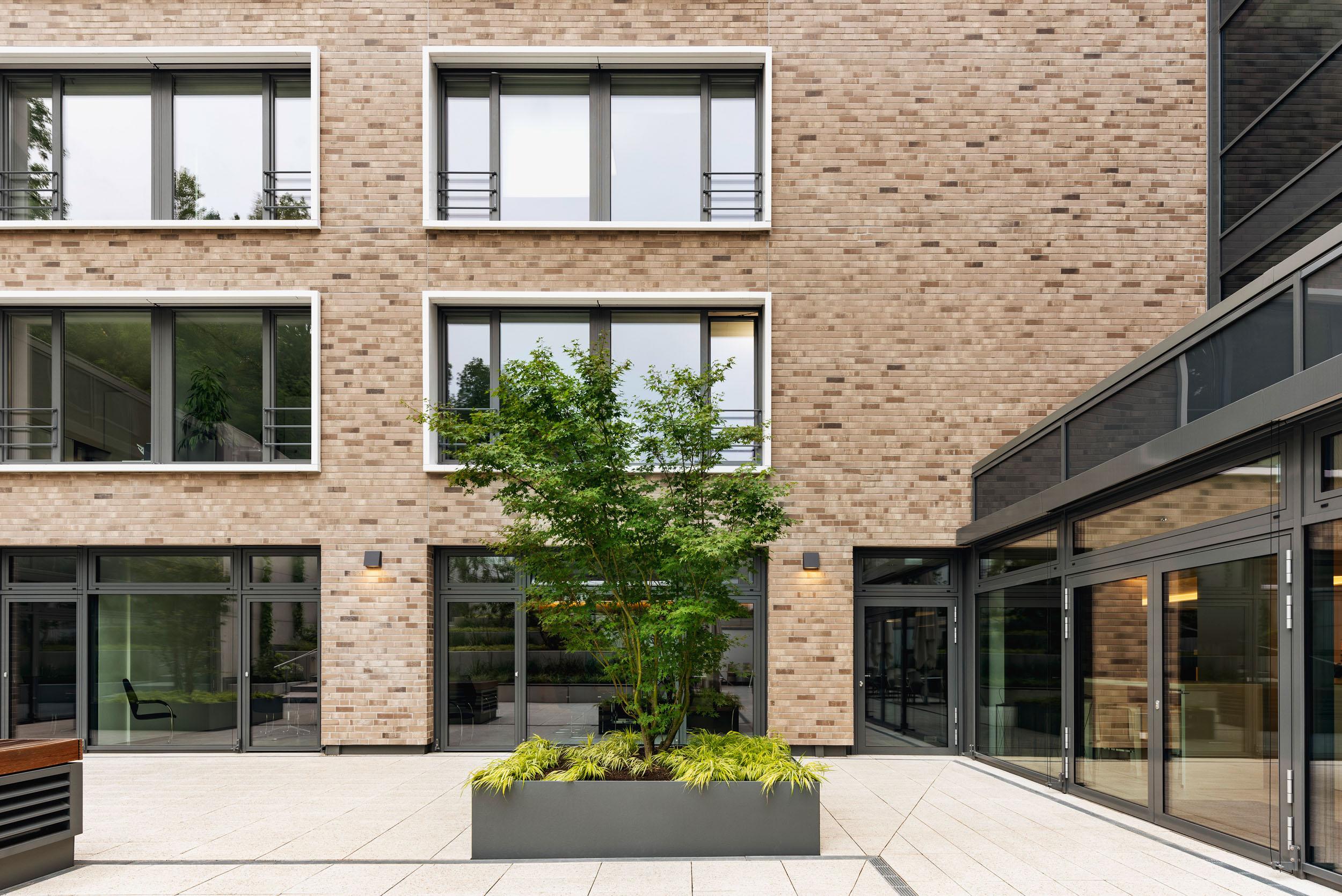 Gustav-Epple-Bauunternehmung-EHS-Stuttgart-MLX7221