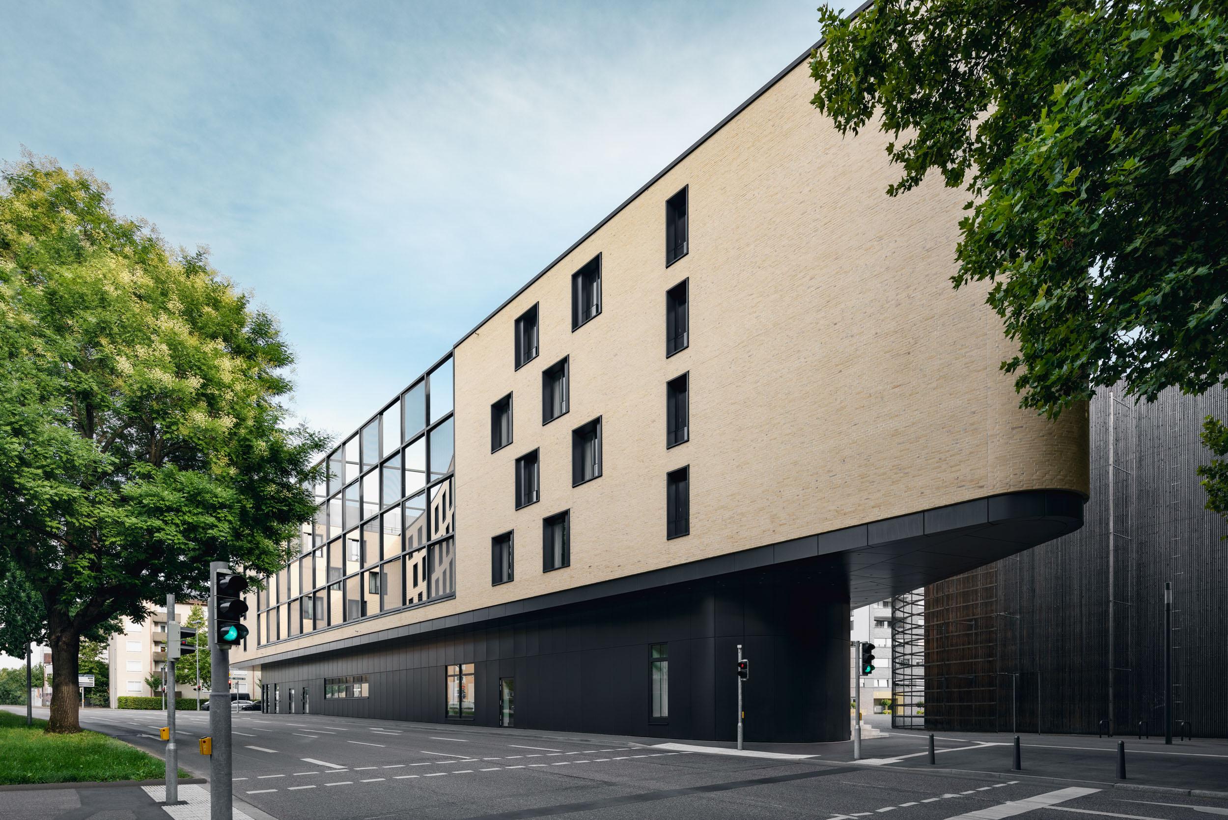 Gustav-Epple-Bauunternehmung-Hotel-Mercure-Heilbronn-MLX5431