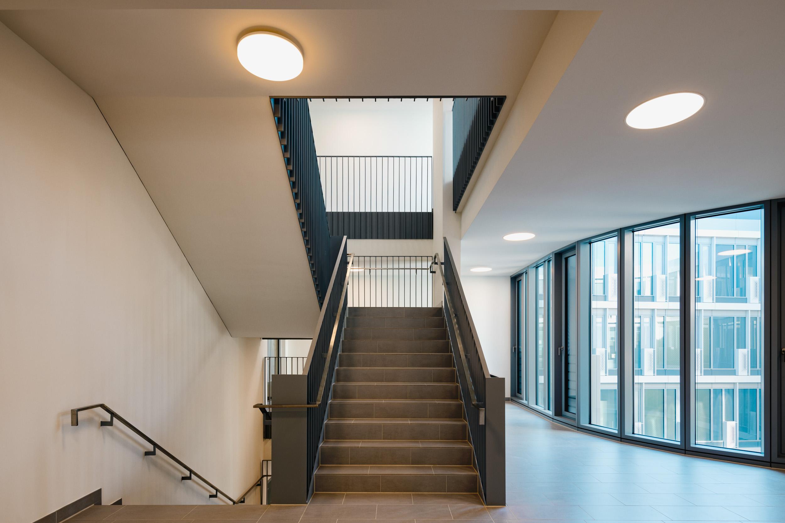 Gustav-Epple-Bauunternehmung-Infinity-Düsseldoef-Schwannstrasse-Architektur-Büro_MLX5559