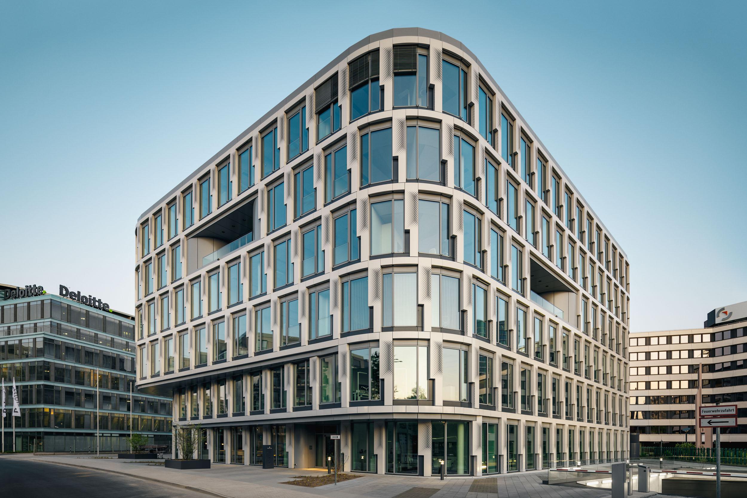 Gustav-Epple-Bauunternehmung-Infinity-Düsseldoef-Schwannstrasse-Architektur-Büro_MLX5720