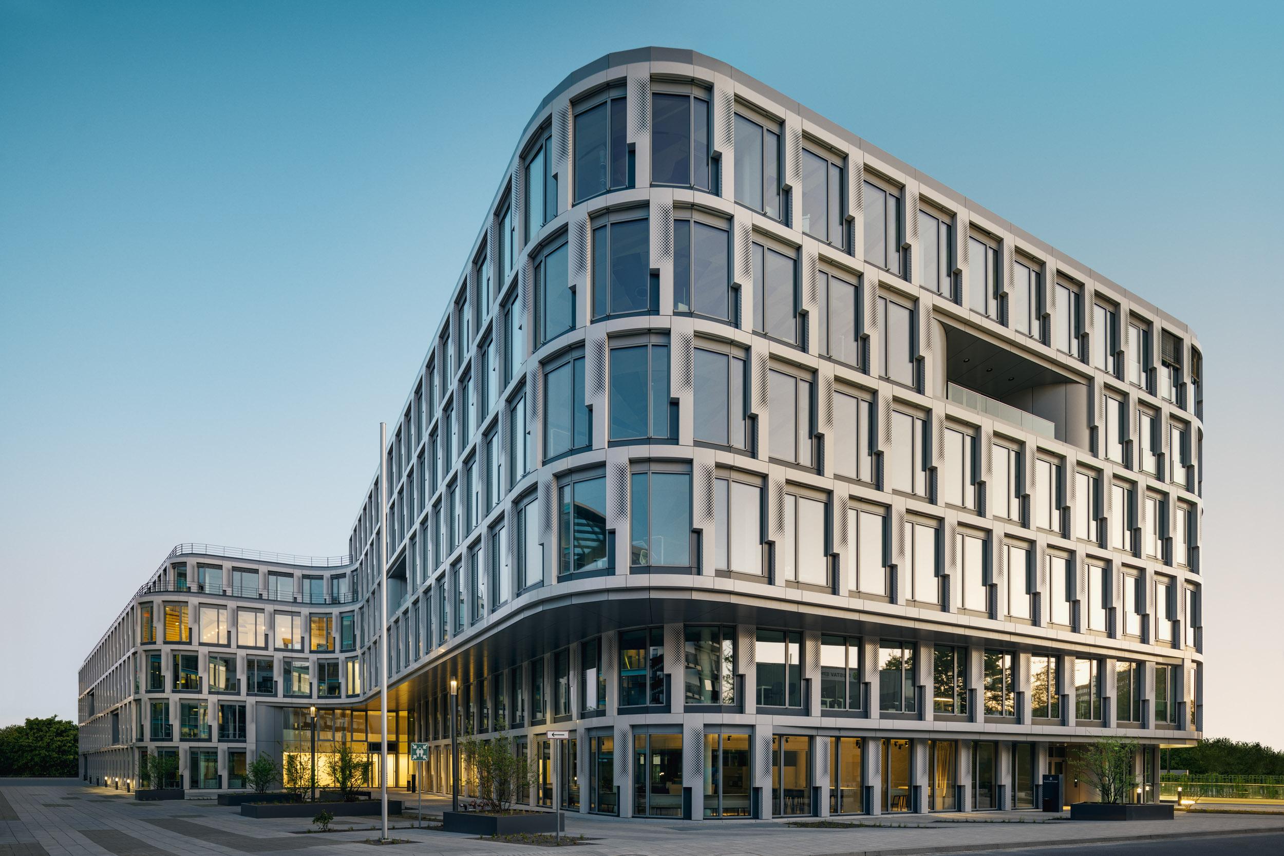 Gustav-Epple-Bauunternehmung-Infinity-Düsseldoef-Schwannstrasse-Architektur-Büro_MLX5762
