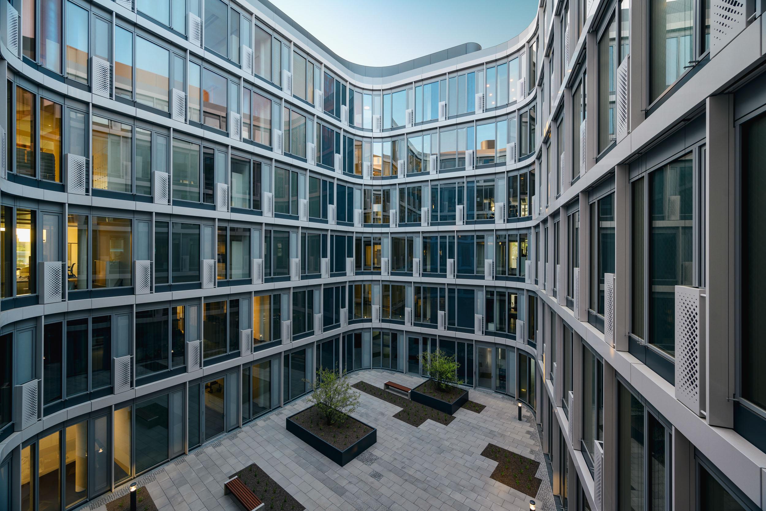 Gustav-Epple-Bauunternehmung-Infinity-Düsseldoef-Schwannstrasse-Architektur-Büro_MLZ2521