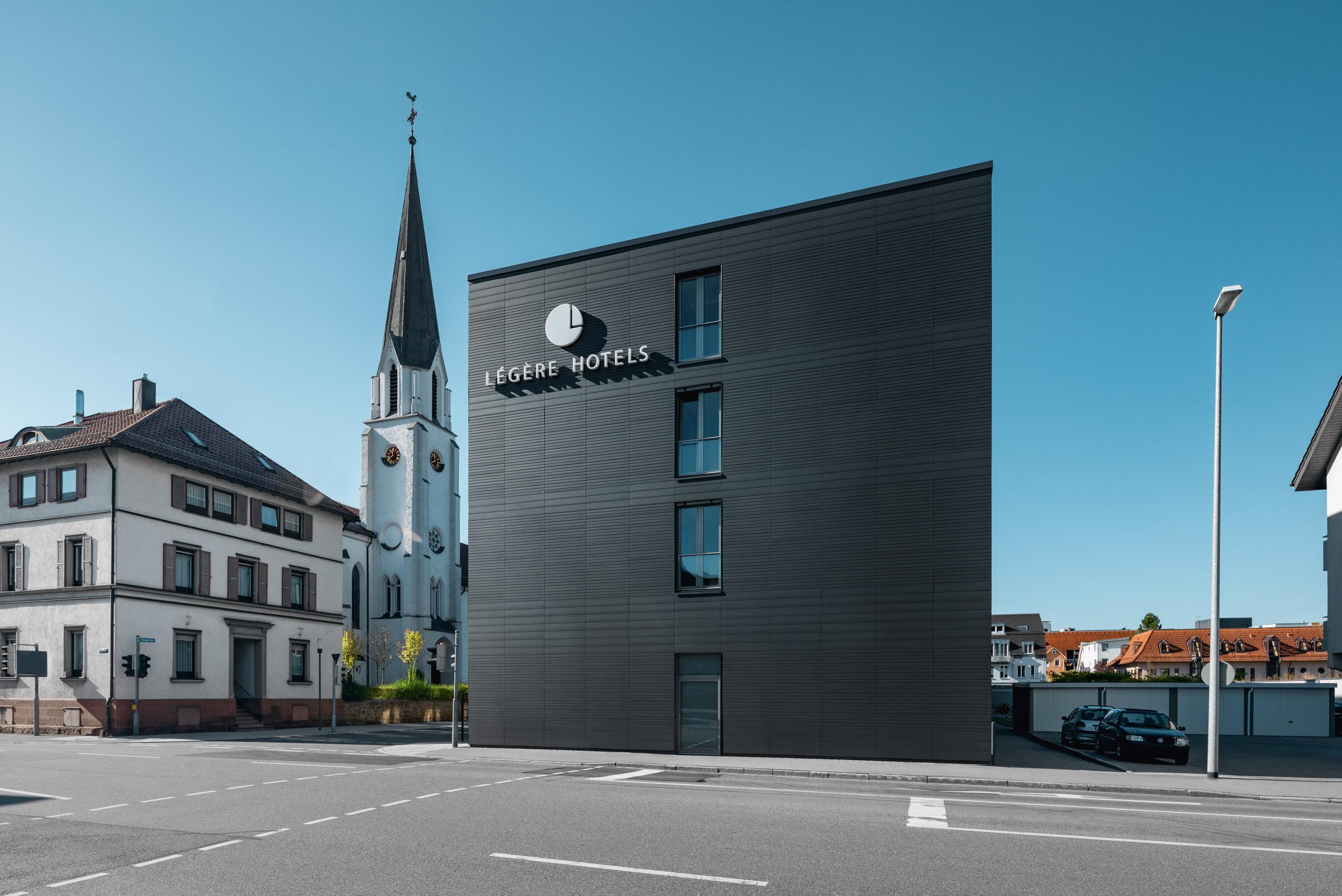 Gustav-Epple-Bauunternehmung-Legere-Hotel-Tuttlingen-MLX8415