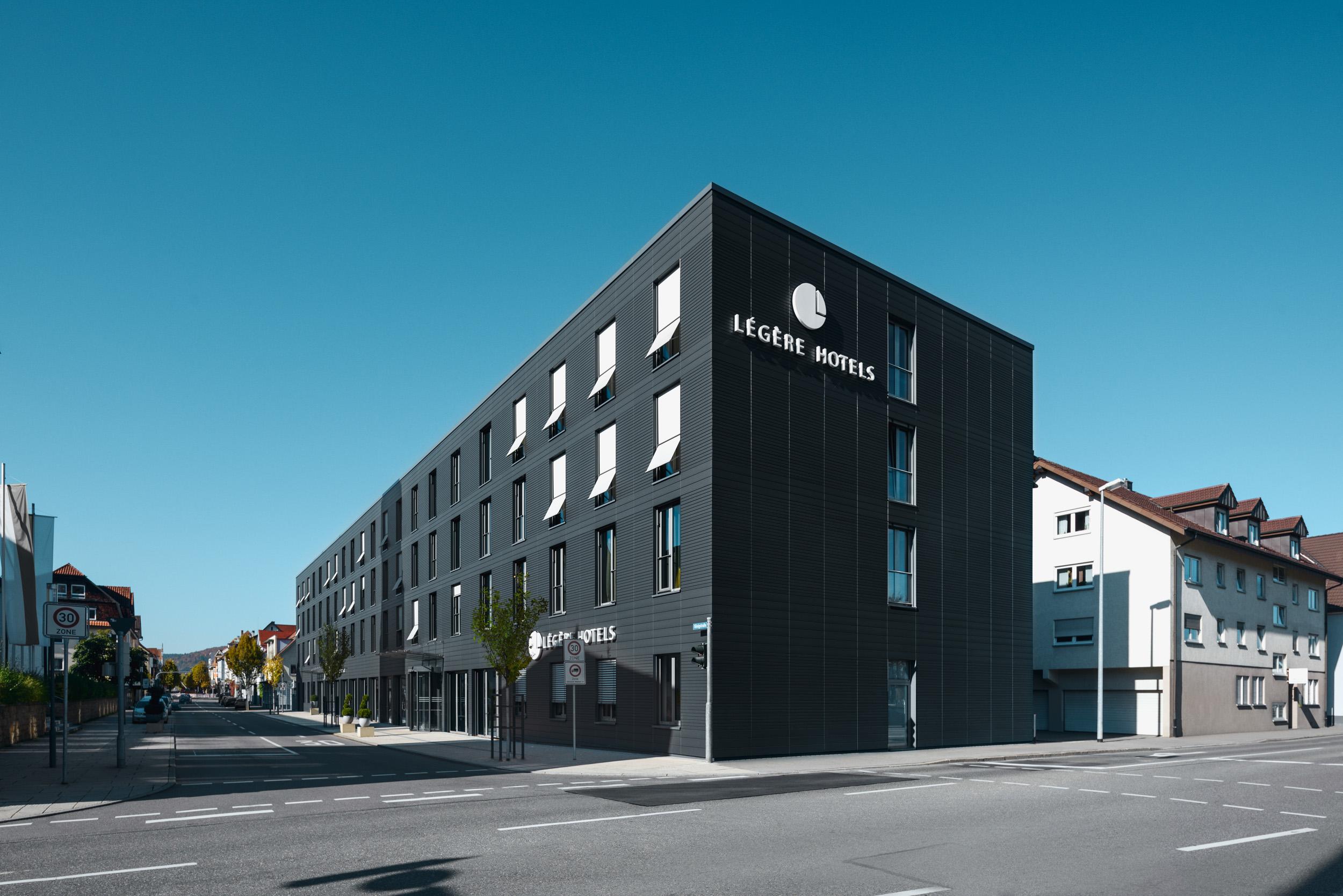 Gustav-Epple-Bauunternehmung-Legere-Hotel-Tuttlingen-MLX8418