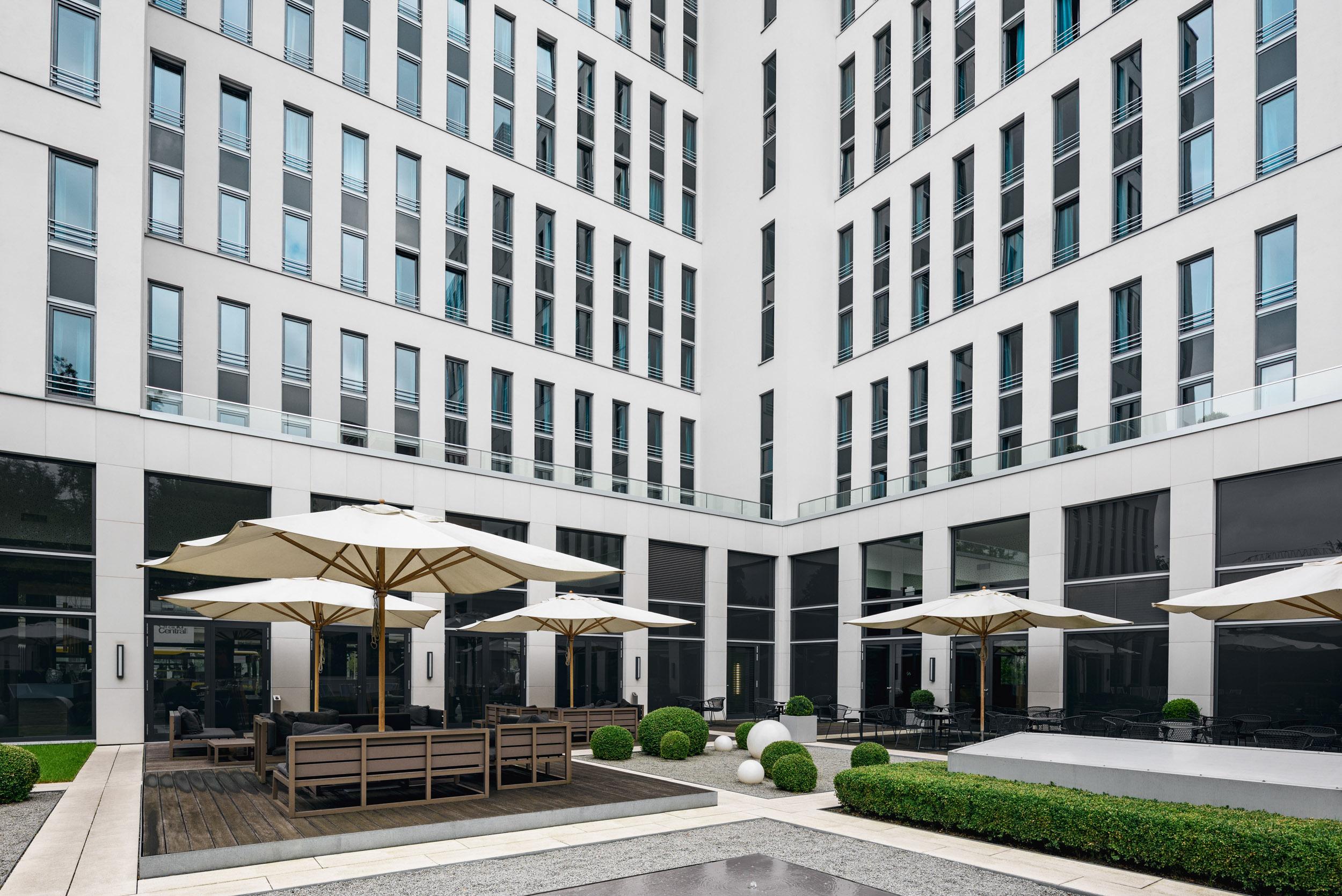 Gustav-Epple-Bauunternehmung-Motel-One-Berlin-HBF-MLX5783