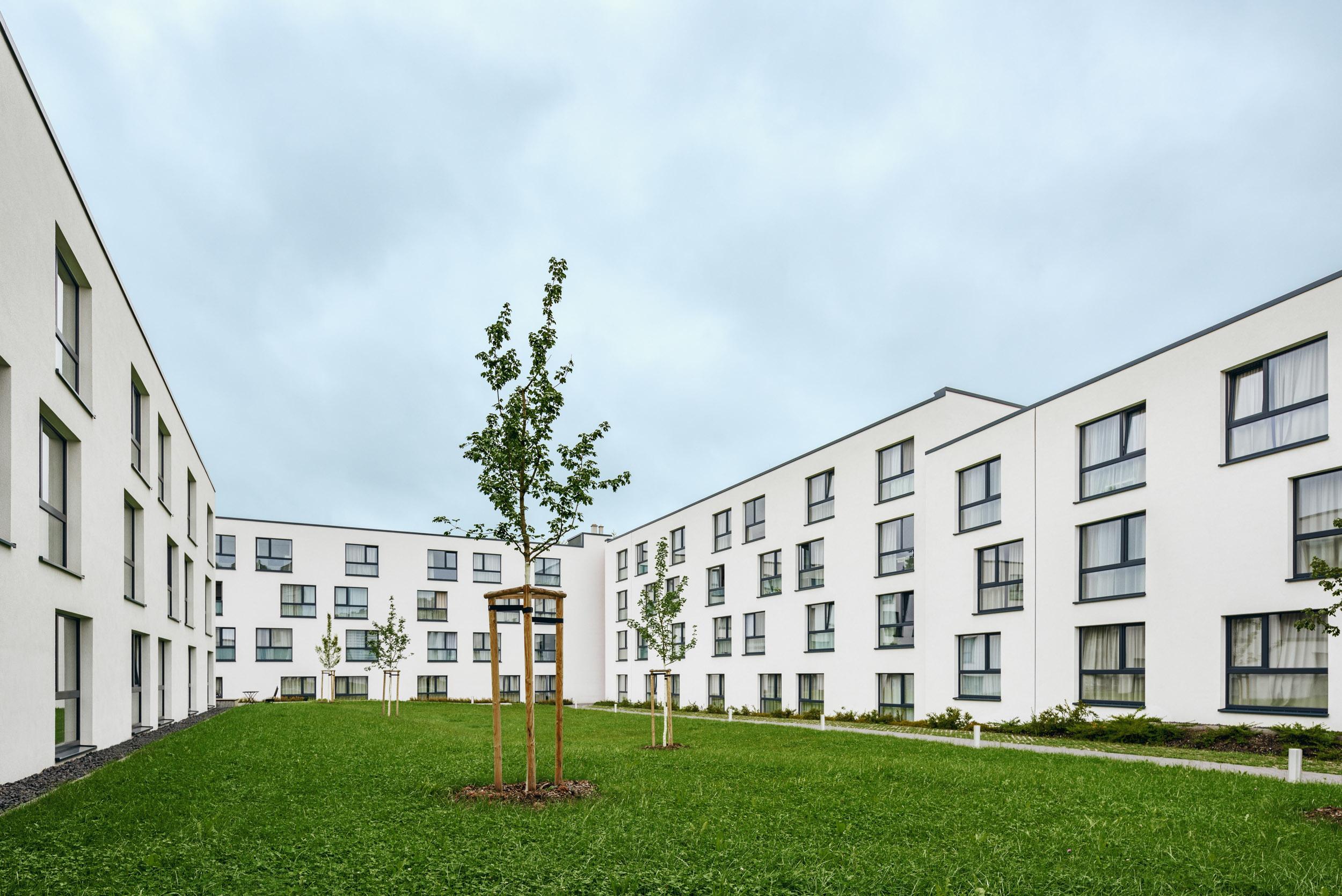 Gustav-Epple-Bauunternehmung-bayreuth-studentenwohnheim-youniq-Bayreuth_MLX5593#00