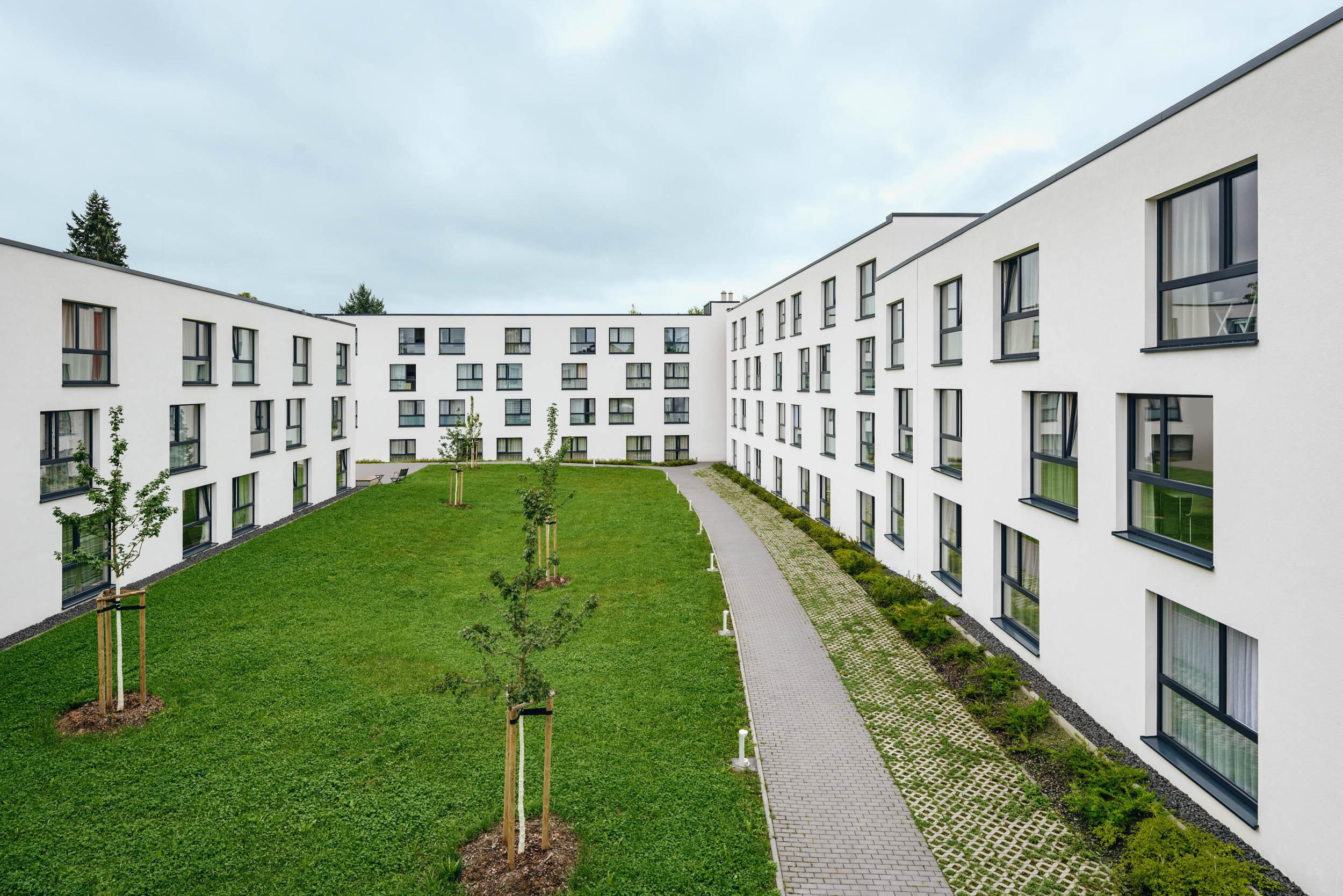 Gustav-Epple-Bauunternehmung-bayreuth-studentenwohnheim-youniq-Bayreuth_MLX5599#00